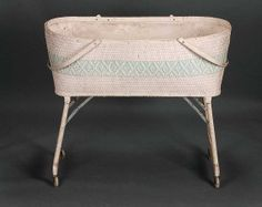 Vintage Wicker Baby Doll Bed Crib Rolling Bassinet Folding