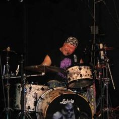 Acoustic Drum, How To Play Drums, Best Track, Kinds Of Music, Hard Rock, Music Videos, Blues, Dance
