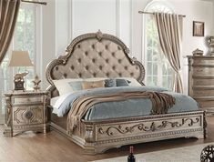 Northville Traditional Bed in Antique Champagne Finish by Acme - Kids Bedroom Sets, Bedroom Furniture Sets, Bedroom Decor, Bed Furniture, Acme Furniture, Furniture Design, Queen Bedroom, Royal Bedroom, Master Bedrooms