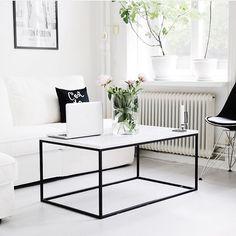 Denna tjejens konto och bilder  @storiesbyme.se och Kasenbergs bord #kasenberg #marmor #marmorbord #soffbord