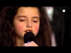 Amazing seven year old sings Billie Holiday/I'm A Fool To Want You (Angelina Jordan) Angelina Jordan, Sound Of Music, Listening To Music, My Music, Singing, Billy Holiday, All About Jazz, Greys Anatomy Memes, Seven Years Old