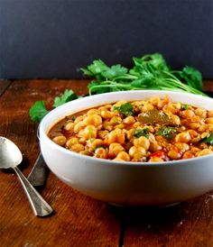 Lebanese Chickpea Stew. A rich, warm, fragrant and delicious stew flavored with warm spices from the middle east, like cumin and za'atar.