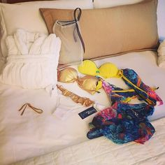 #RamonaAmodeo Ramona Amodeo: @mystarluxurycostumidabagno buongiorno mondo bello!!!! #mystarluxurycostumidabagno #mystarluxury #goodmorning #mondobello #beachwear #fashion #style #summer #colors #room #picoftheday #bestoftheday #photooftheday #ff #follow #me #amazing #cute #beautiful #gold #yellow #amalfi #coast #vico #vicoequense #towers #towershotel