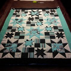 comeflycomeflyaway:  Quilt #2 for the weekend! Real proud of this one. #quilts #quilting