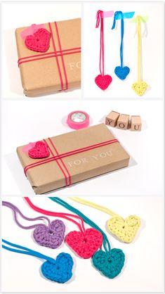Herzen häkeln, ganz einfach als schicke Geschenk-Deko, in einer Karte, oder auf dem Frühstückstisch! ♥