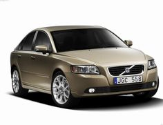 Volvo S40 Specification - http://autotras.com
