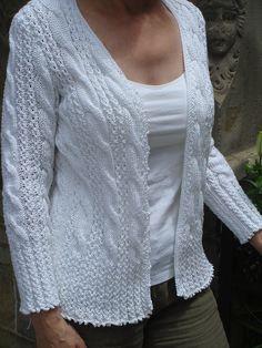 Ravelry: Kitty Pattern By Louisa Harding Knit Cardigan Pattern, Sweater Knitting Patterns, Knitting Stitches, Knit Patterns, Hand Knitting, Cardigans For Women, Women's Cardigans, Crochet Clothes, Knitwear