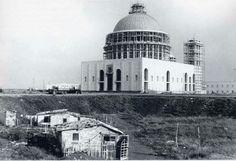 La Basilica di San Giovanni Bosco in costruzione.