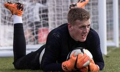 Gareth Southgate looks likely to hand the England No 1 shirt to Jordan Pickford for the friendly against the Netherlands on Friday after the Everton keeper impressed in training England Football Players, England National Football Team, England Players, National Football Teams, Gareth Southgate, Everton, Goalkeeper, Lions, Netherlands