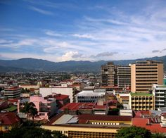 LOS ESTILOS DE VIDA:Costa Rica es el cuarto país más caro para vivir en Latinoamérica. Tambien incluye una lista de otros paises latinoamericanos que son muy caros para vivir.