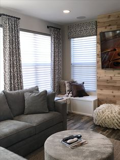 Whether you're looking for elegant draperies, covered valances, or a simple swath of fabric, we have window treatment ideas that will complement every room in the house. Drapes And Blinds, Window Drapes, Drapery Panels, Window Coverings, Panel Curtains, Hanging Curtains, Contemporary Window Treatments, Contemporary Windows, Custom Window Treatments