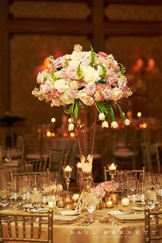 no pink flowers, yes to the gold! 12 Stunning Wedding Centerpieces - Part 21 | bellethemagazine.com