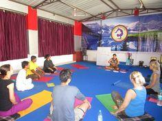 200 Hour Yoga Teacher Training in India @ http://hariomyogarishikesh.com/200-hour-yoga-teacher-training-india