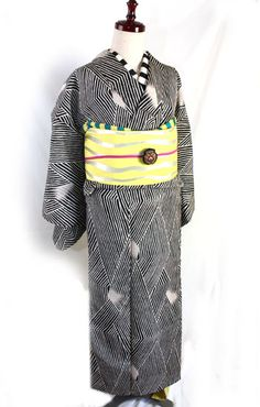 ゼブラ風お召し袷着物 - ポップでガーリーな普段着物・ヘッドドレス・古道具・雑貨・アンティークやアーティスト作品の販売 『chiwachiwa ちわちわ』
