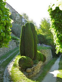 The Garden of Le Clos Pascal | LA DOLCE VITA