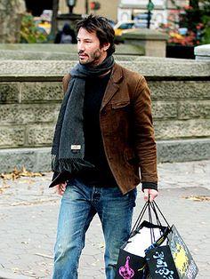 Keanu Reeves - Celebrity Central Profile, Keanu Reeves : People.com