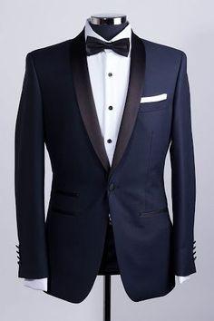 Wedding suits men black tuxedos groom attire navy tux ideas for 2019 Tuxedo Suit, Tuxedo For Men, Groom Tuxedo, Groom Wear, Groom Attire, Mens Fashion Suits, Mens Suits, Costume Marie Bleu, Engagement Dress For Men