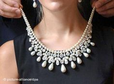 natural pearl and diamond necklace by Harry Winston