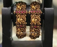 Elegant armour for the modern day princess, these intricate peacock design gold bangles feature expert nakas work and come with an adjustable screw-clasp opening. Gold Bangles Design, Gold Jewellery Design, Indian Wedding Jewelry, Bridal Jewelry, Silver Jewelry, Silver Bracelets, Bracelets Or, Silver Rings, Baby Jewelry