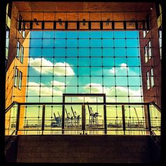 #instagood #instaphoto #hamburg #hh #welovehh #ilovehh #igershamburg #moinmoin #hamburgerecken #hhahoi #wearehamburg #wirsindhamburg #instahamburg #ig_hamburg #hamburgcity #hamburglove #hamburgliebe #hamburgmeineperle #torzurwelt #lovesgermany #hamburghafen #altona #sweetdreamsmag #mafia_streetlove #landscape #streetview #design #architecture #architektur #baustil