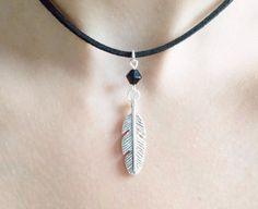choker handmade jewellery - boho jewellery - festival jewellery - cord necklace - feather choker