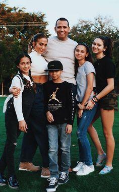 Jennifer Lopez and Alex Rodriguez Break Silence on Relationship Status - E! Online Jennifer Lopez Kids, Pictures Of Jennifer Lopez, Celebrity Outfits, Celebrity Couples, J Lopez, Ace Family, Alex Rodriguez, Lindsay Lohan, Hollywood Stars