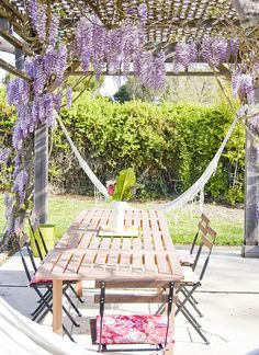 outside dining by bonniechristine, via Flickr