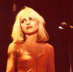 Shared by Robcamstone. Find images and videos about debbie harry and fans of debbie harry on We Heart It - the app to get lost in what you love. Blondie Debbie Harry, First Rapper, The New Wave, Bruce Springsteen, Famous Women, Famous People, In The Flesh, Jimi Hendrix, American Singers