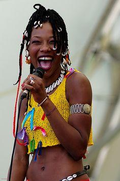 Mali-ko: How Malian Singer Fatoumata Diawara is Fighting Back the War in Mali