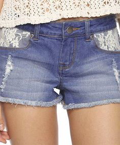 Cute lace insert shorts from forever 21. ❤