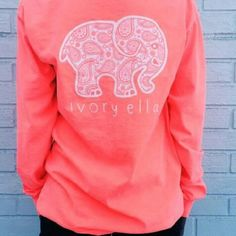 An Ivory Ella long sleeve shirt. This a neon coral paisley print Ivory Ella long sleeve shirt. I've worn this maybe twice. Great condition Ivory Ella Tops Tees - Long Sleeve