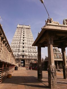 A view of the temple complex of the famous 1100 year old Annamalaiyar (Arunachaleshwara) temple of Lord Shiva at Thiruvannamalai in Tamilnadu,India. This is one of the 5 temples associated with the Panchabhoota sthala (five elements of nature manifested as Shiva Linga), with the lingam here representing Agni (fire).    Spread over 10 hectares, this is one of the largest temple complexes in India, the gopurams (towers) over 200ft high are one of the tallest towers in India.