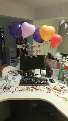 Cumpleaños decoracion oficina Farewell Decorations, Office Birthday Decorations, Valentine Decorations, Birthday Pranks, Teacher Birthday, Mom Birthday, Pink Office, Happy Party, Work Desk