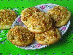 Tradycyjna kuchnia Kasi: Cebularze z czarnuszką