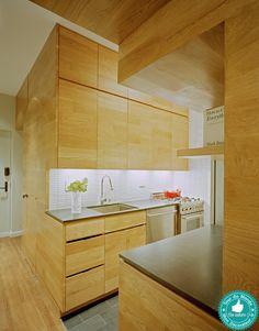 Une petite cuisine dans un 45m² à Manhattan