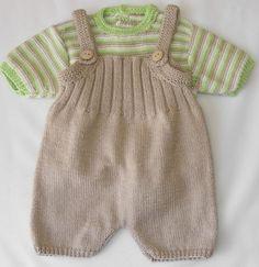 Kötött baba ruha