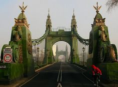 Ran over this last night for the first time! What fabness. Hammersmith Bridge