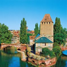 Avalon Waterway Rhine Tour. Prague to Paris /CHRISTMASTIME IN ALSACE & GERMANY FROM FRANKFURT TO BASEL