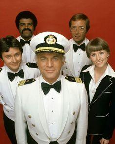 TV shows - The Love Boat. i had the Love Boat board game My Childhood Memories, Best Memories, 1970s Childhood, Emission Tv, Mejores Series Tv, Eliza Taylor, Love Boat, Old Shows, Vintage Tv