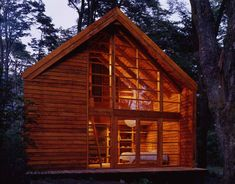 Casa Galpon - Cazu Zegers - Tecno Haus Wood Architecture, Little Houses, Small Houses, House In The Woods, Tiny House, Beautiful Homes, Sweet Home, Interior Design, House Styles
