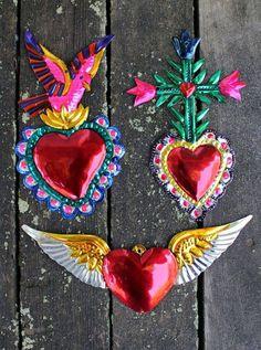 milagro at DuckDuckGo Metal Crafts, Diy Arts And Crafts, Diy Crafts, Tin Art, Mexican Folk Art, Heart Art, Sacred Heart, Handicraft, Valentines