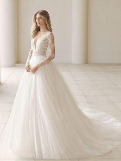 Rosa Clará Fall 2018: Evocatively Romantic and Ethereal Wedding Dresses | TheKnot.com #weddingdress