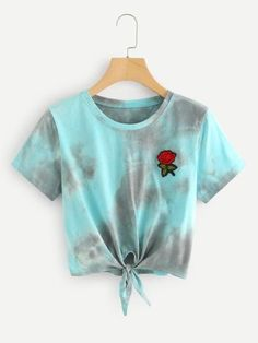 Tie Dye Knotted Crop T-shirt Cute Teen Outfits, Cute Comfy Outfits, Teenager Outfits, Cute Summer Outfits, Outfits For Teens, Stylish Outfits, Tie Dye Outfits, Crop Top Outfits, Crop Top Hoodie