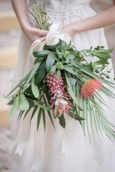 Tropical Wedding Inspiration - green pineapple bouquet