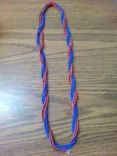 Collar de Chaquiron o Mostacilla. Azul rojo