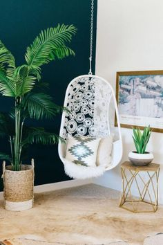 Gravity Home : Bohemian bedroom with a popping blue-green wall. Gravity Home, Interior, Bohemian Chic Bedroom, Bohemian Bedroom, Decor Inspiration, Modern Bedroom, Chic Bedroom, Bedroom Decor, Swinging Chair