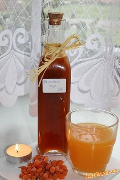 Rakytníkový sirup Russian Recipes, Kimchi, Alcoholic Drinks, Food And Drink, Bottle, Health, Syrup, Health Care, Flask