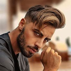 Side Swept Hairstyle + Undercut + Short Beard - Best Men's Hairstyles: Cool Haircuts For Men. Most Popular Short, Medium and Long Hairstyles For Guys Cool Mens Haircuts, Cool Hairstyles For Men, Popular Haircuts, Men's Haircuts, Long Hair On Top, Hair To One Side, Damp Hair Styles, Medium Hair Styles, Curly Hair Styles