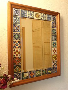 Mexican Home Decor, Indian Home Decor, Wood Home Decor, Home Decor Furniture, Azulejos Diy, Tile Crafts, Mirror Painting, Mirror Mosaic, Tile Projects