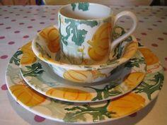 Pumpkin 0.5 Pint Mug, Pumpkin Cereal Bowl, Pumpkin 8.5 inch Plate and Pumpkin 10.5 inch Plate 2008 (Discontinued)